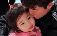 '기성용♥' 한혜진 딸 공개영국서 생활하며 폭풍성장