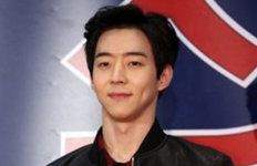 """'박유천 동생' 박유환 심경 고백""""울지 않아…우리 가족 괜찮다"""""""