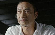 배우 임달화, 中 행사장 무대서괴한에 피습…복부 찔려