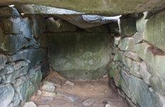 경남 하동 우복리서고려∼조선 초기 추정 석실묘 발굴