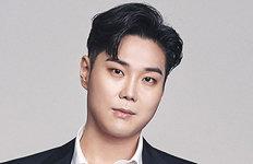 """'몸 가면' 벗어던진 유재환""""새로운 음악인 될 것"""""""