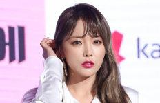"""홍진영 """"가족 기획사 설립?사실무근"""" 재입장"""