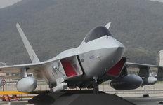 한국형 전투기에 헬기까지…韓 방위산업의 현주소는?