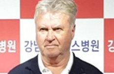 """히딩크 """"헬기소음 참아더 많은 생명 구하길"""""""