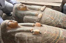 이집트 나일강 유역에서고대 목관 20여 개 발견