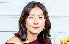 """김희애 """"배우나 엄마가 아닌내게 충실하고 싶어"""""""