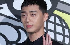 """""""추억까지 삭제당한 것 같아""""배우 박서준, 유튜브 해킹 피해"""
