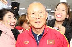 """베트남 영웅 박항서""""인기는 연기 같은 것"""""""