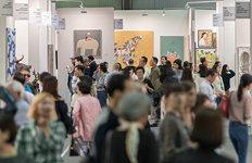 미술과 역사의 대화…여성 미술가들 약진