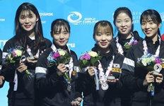 컬링 '팀 민지',세계주니어선수권 銀