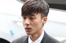 """'음란물 유포 혐의' 로이킴기소유예 처분…""""후회·반성"""""""