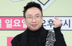"""'마스크 2만개 기부' 박명수 """"진영 논리 이용 안 됐으면"""""""