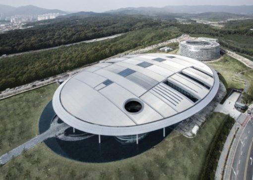 한국타이어, '한국타이어 테크노돔' 준공식 개최