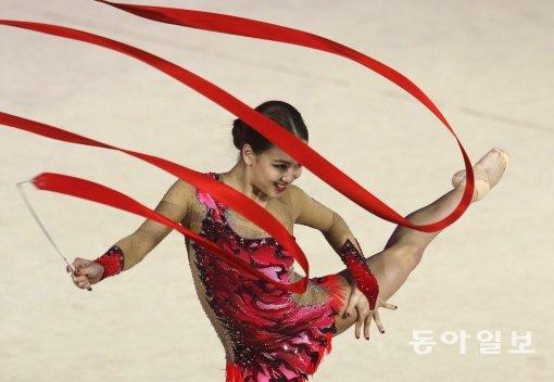 김연경·박태환이 부족했던 리우올림픽 AD카드…손연재는 母까지 받아 '구설수'