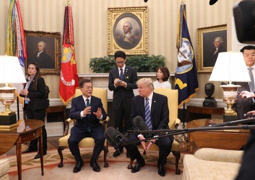 [변영욱의 공정한 이미지]청와대사진기자들이 난동을 부렸다고요?
