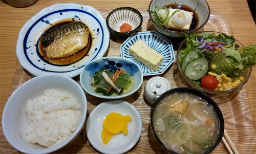 [홍지윤 요리쌤의 오늘 뭐 먹지?]매일 먹는 밥이 질릴 때… '색다른 밥' 일본식 가정 요리