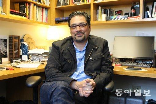 [세계 뉴미디어 전문가를 만나다]'멀티미디어 저널리즘' 대가 헤르난데즈 교수