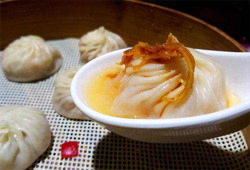 [홍지윤 요리쌤의 오늘 뭐 먹지?]얇은 만두피 속 추위 녹이는 맛
