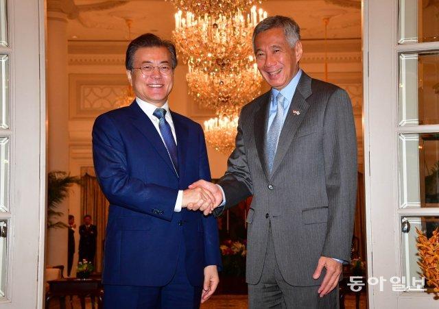 [청계천 옆 사진관]싱가포르…독재자들의 꿈?