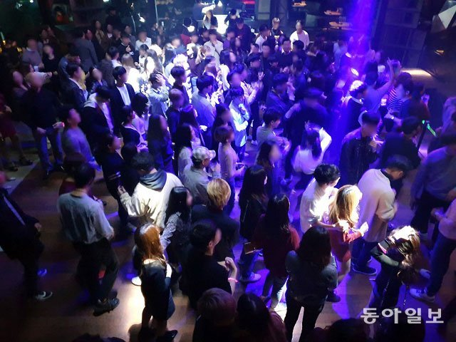 http://dimg.donga.com/wps/NEWS/IMAGE/2018/10/14/92394231.1.jpg