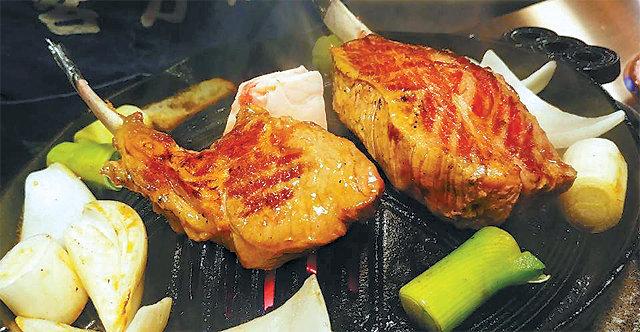 [식객 이윤화의 오늘 뭐 먹지?]구운 양고기에 간장소스 콕 한잔 부르는 '칭기즈칸'