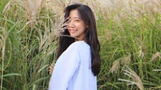 '에이핑크' 김남주, 제주도 갈대밭서 청순美 '뿜뿜'