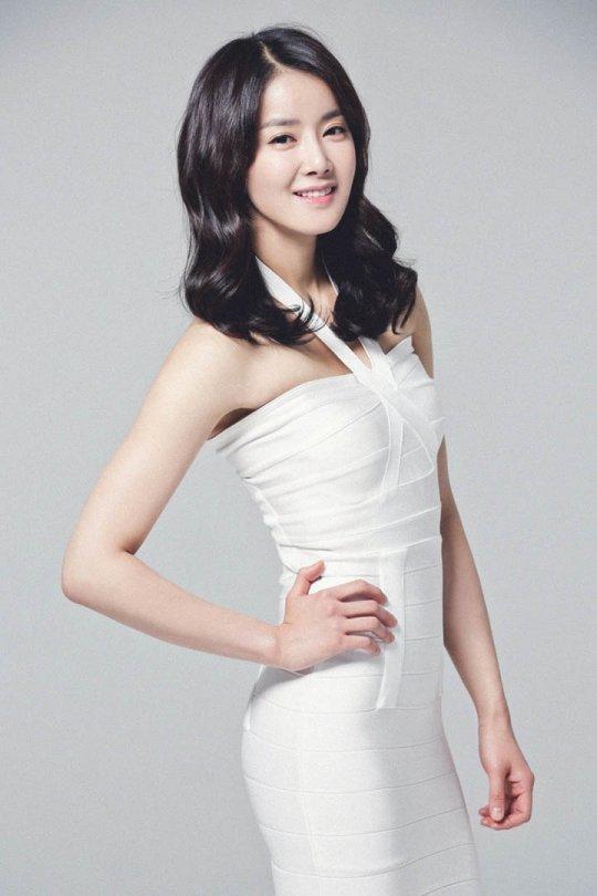 이시영, '취향저격 뷰티플러스' 시즌 2 MC 발탁…뷰티 전도사 나서[공식입장]