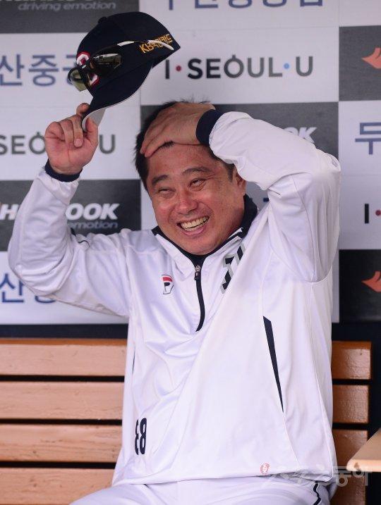 """김태형의 무한긍정, """"내가 봐도 두산이 강해"""""""