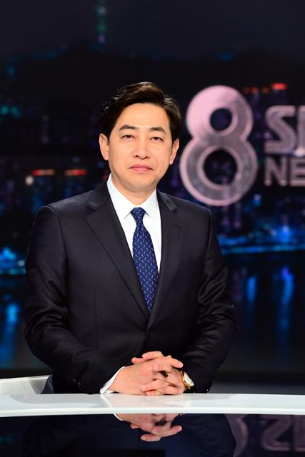 "'SBS 8뉴스' 김성준 앵커 ""신뢰, 성원 보내주신 분들께 죄송"""