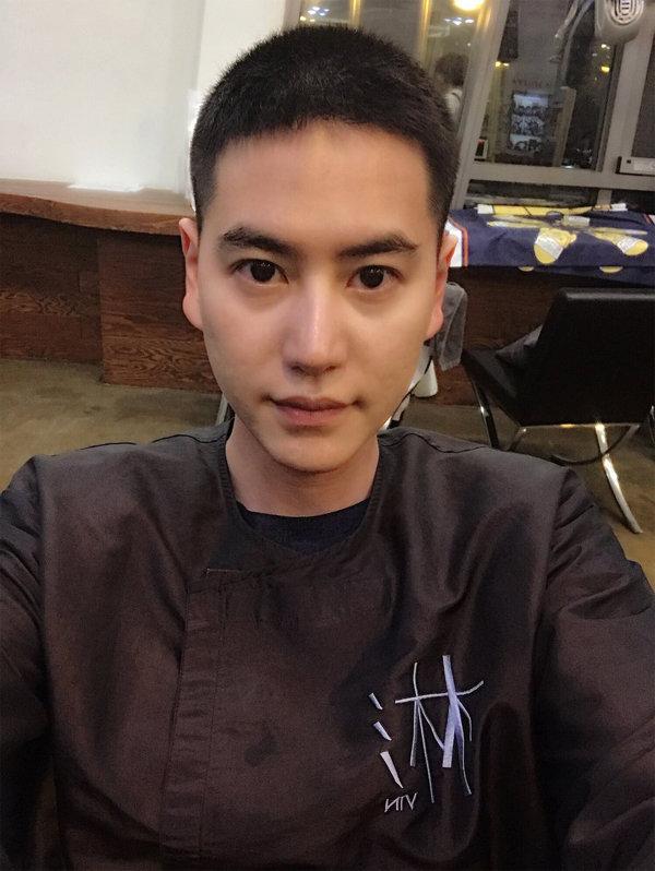 "[DA:피플] ""2019년 슈주 완전체로"" 대체복무 규현, 입소완료 (종합)"