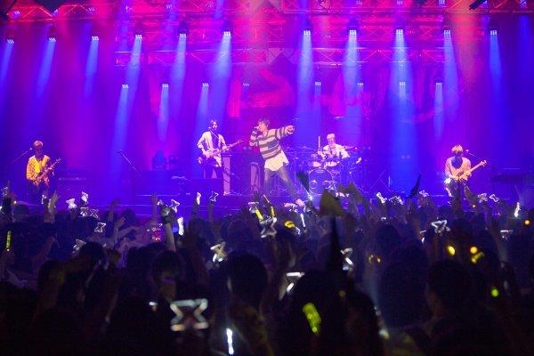 [DA:콘서트] FT아일랜드가 데뷔 10주년을 축하하는 법