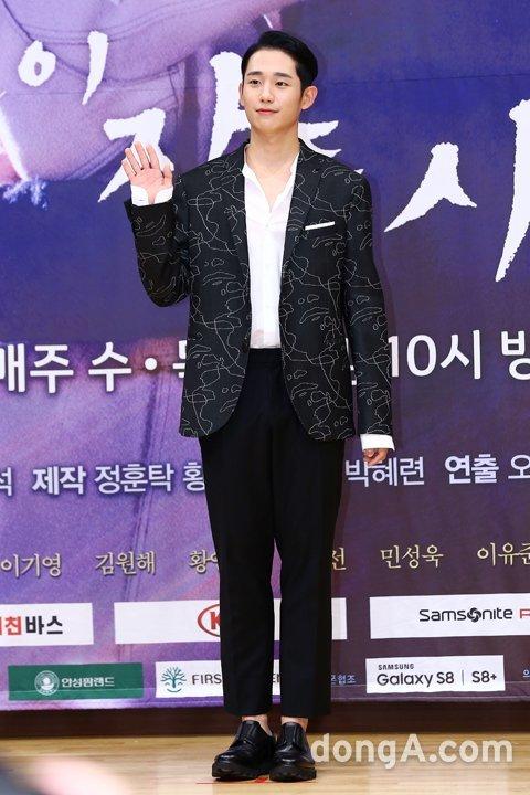 "tvN·FNC 양측 ""정해인, 신원호 신작 '감빵생활' 출연확정"" [공식입장]"