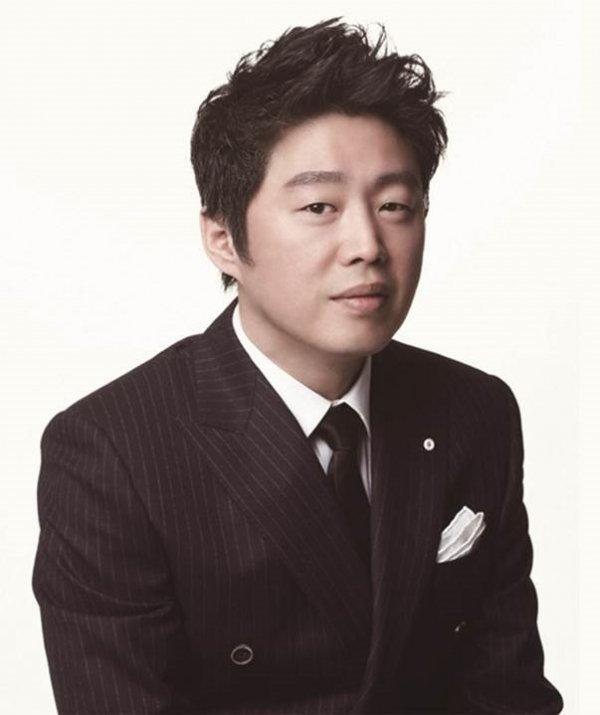 """'부일영화상' 김희원, 남우조연상 수상 """"진심으로 감사드린다"""""""