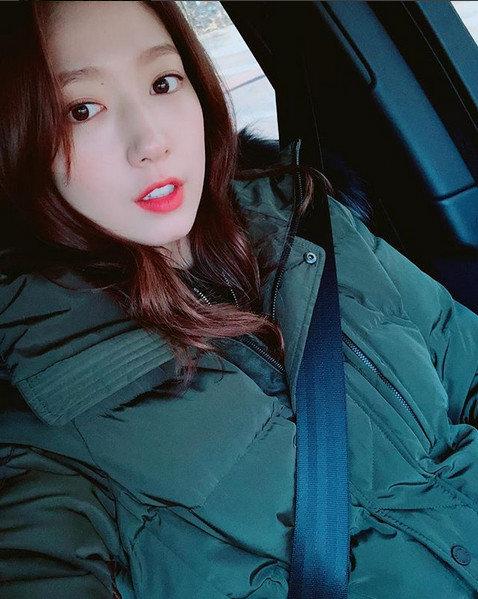 """박신혜, 추위에도 아름다운 미모 뽐내며 """"와 진짜 너무너무 추워요"""""""