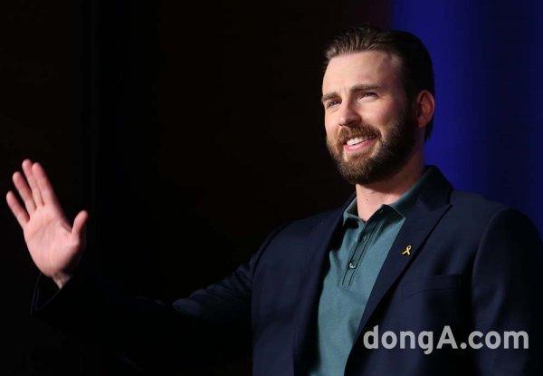 """[DA:할리우드] 크리스 에반스, '캡틴 아메리카' 떠난다 """"영원히 감사하다"""""""