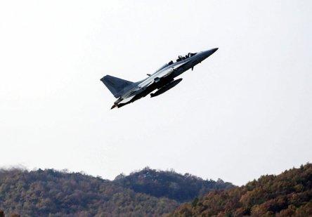 최대 음속의 1.5배…첫 국산 경공격기 'FA-50'
