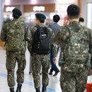 '코로나 휴가 통제' 빠져나가는 군인들의 편법‧불법