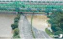 서울 폭우로 올림픽대로 여의하류 나들목도 통제