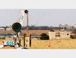 이스라엘이 중장비를 동원해 가자지구 접경에 새로운 장벽 건설을 시작하고 있다. [haaretz]