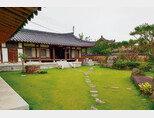 솔송주 문화관이 자리한 '명가원' 마당. [사진 제공 · 명욱]