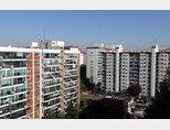 재건축이 추진되고 있는 서울 강남의 한 아파트. [뉴시스]