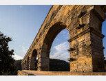 세계 최초의 상수도 시설인 로마의 아쿠아 아피아.