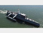 미 해군이 시험하고 있는 무인 수상함 '시 헌터'의 모습. [DARPA]