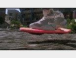 영화 '백 투 더 퓨처2' 속 호버보드. 상상 속의 반중력을 설명하는데 자주 등장한다. [Universal Pictures]