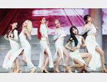 5월 18일 갑작스레 해체 소식을 전한 걸그룹 '여자친구'. [뉴스1]