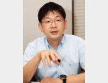 오건영 신한은행 IPS본부 부부장이 6월 14일 서울 중구 신한은행 본점에서 '주간동아'와 인터뷰하고 있다 [조영철 기자]