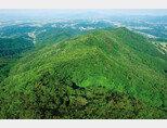 충북 충주시 인등산. [사진 제공 · SK]