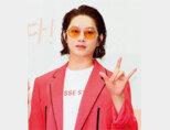 '유기견 비추' 발언을 한 김희철이 부정적 여론 형성의 발단으로 여초 커뮤니티 '여성시대'를 지목했다. [뉴스1]