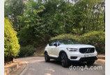 [시승기]'올해의 차' 볼보 XC40… 검증된 고급 소형 SUV