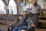 가구쇼핑에 할머니 대신 강아지 데려간 할아버지